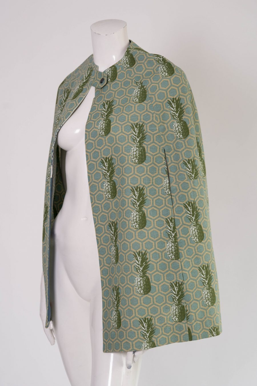 Pinapple Print cape jacket in lichen green